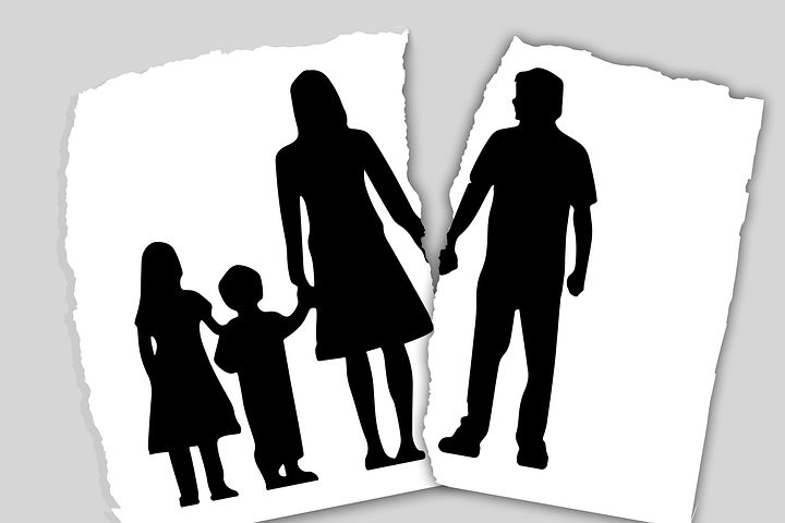 Family facing a divorce